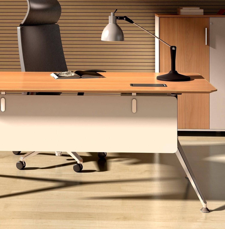 Potenza Staff Desk