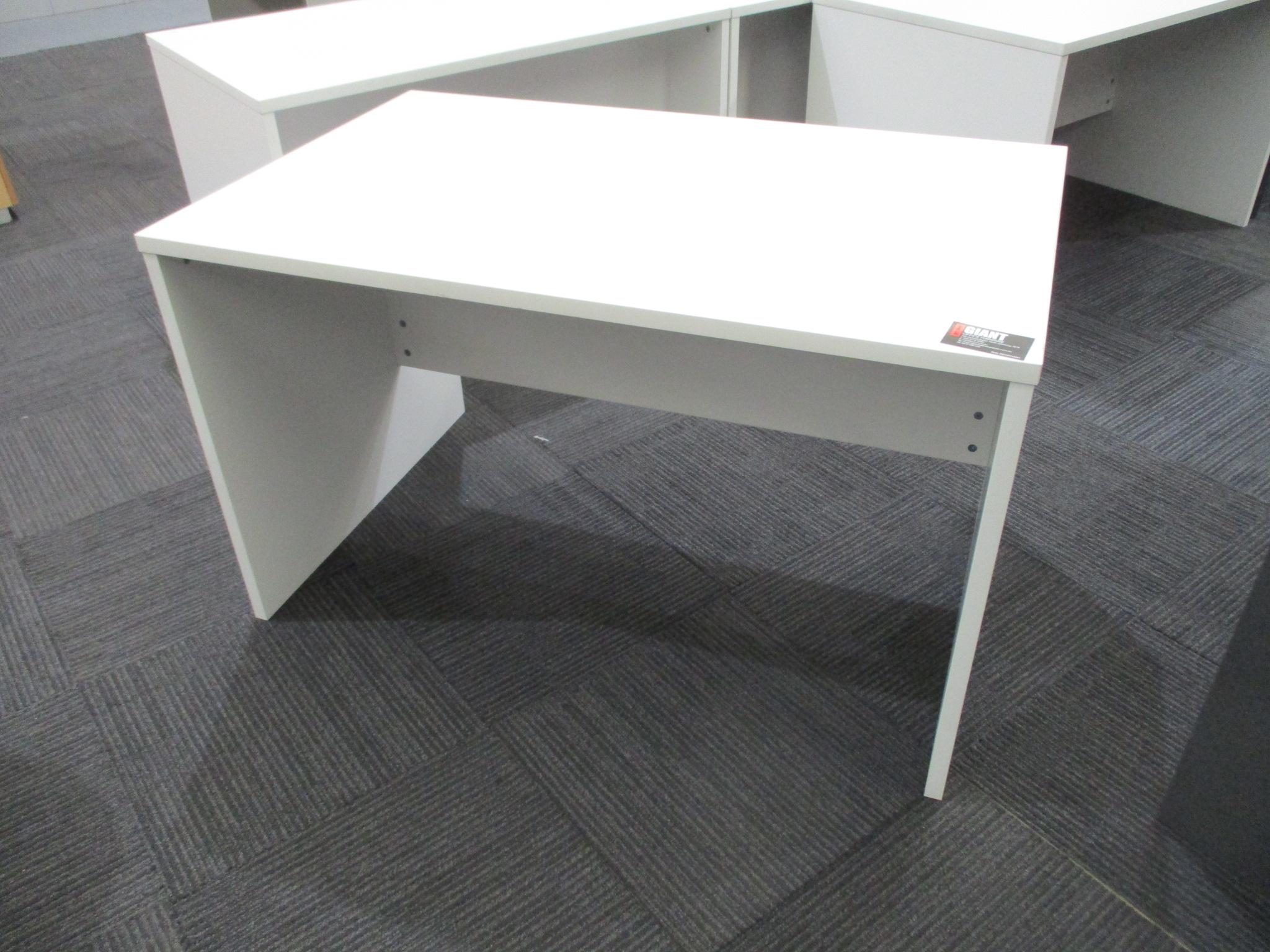 White Desks 1200×750