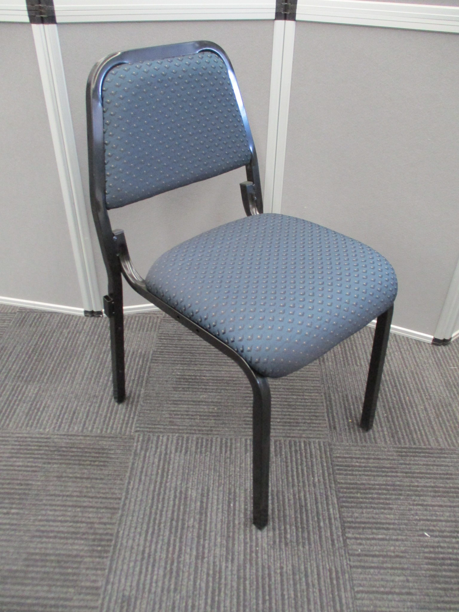 v800 Conference Seating, Stackable Visitors Chairs
