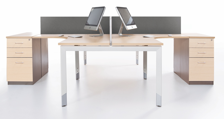 Oblique 4 Person Corner Workstation