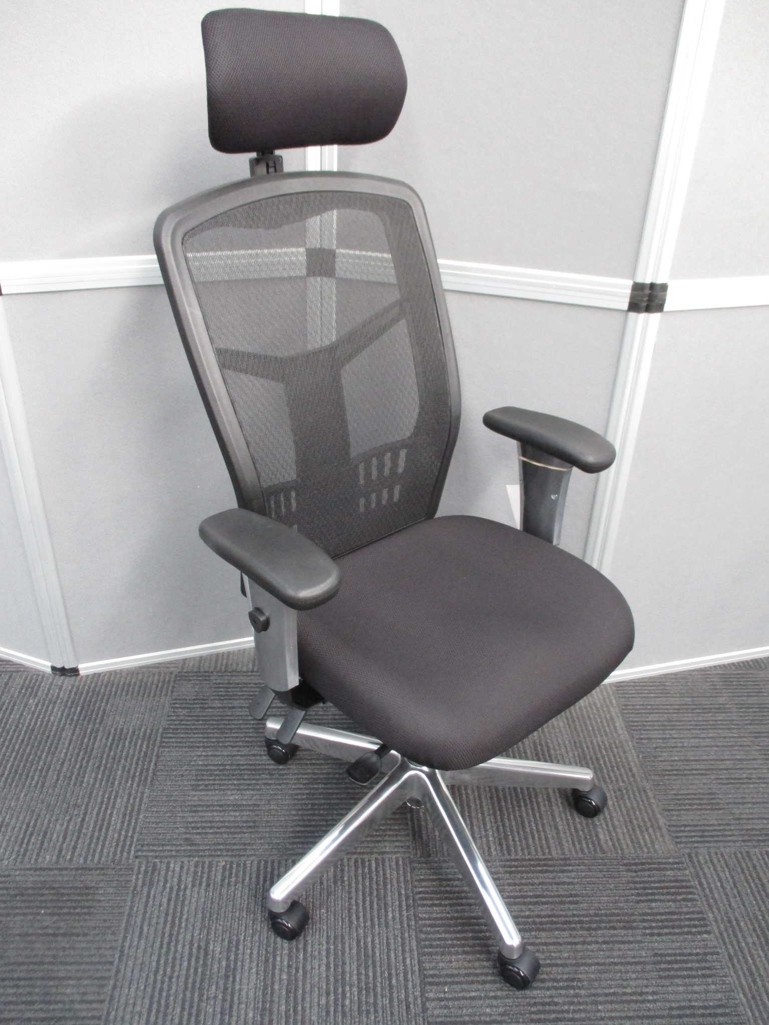 New Oyster High Back Mesh Chairs $495