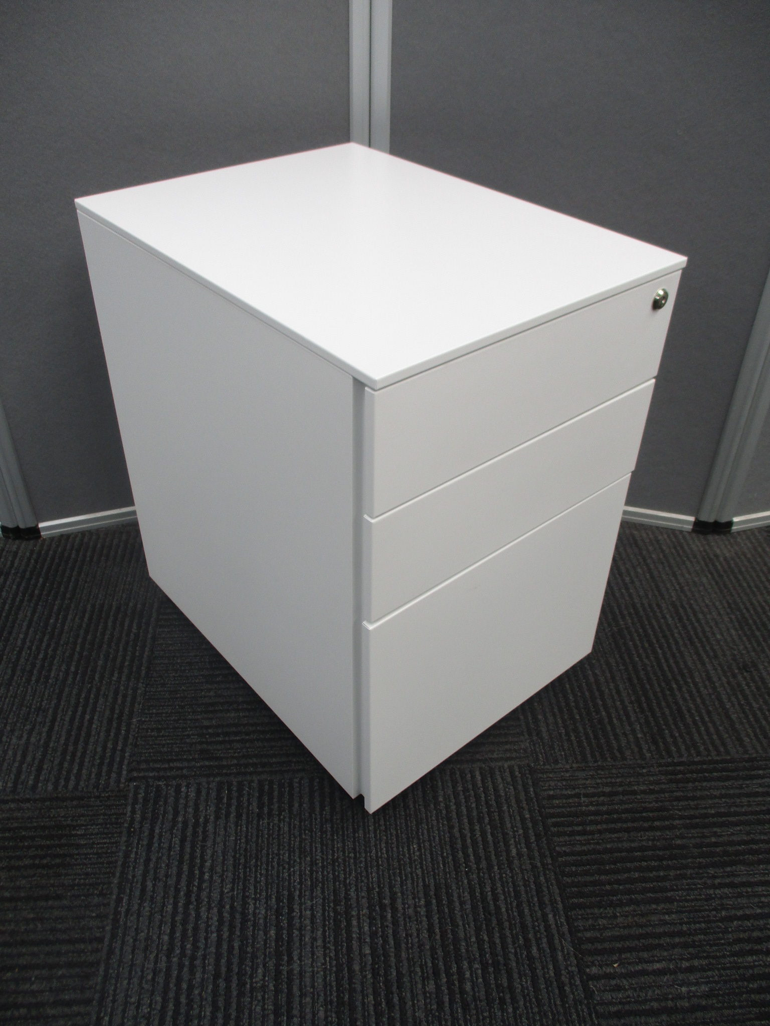 New Presto Slimline White Steel 3 Drawer Mobile Pedestals $220