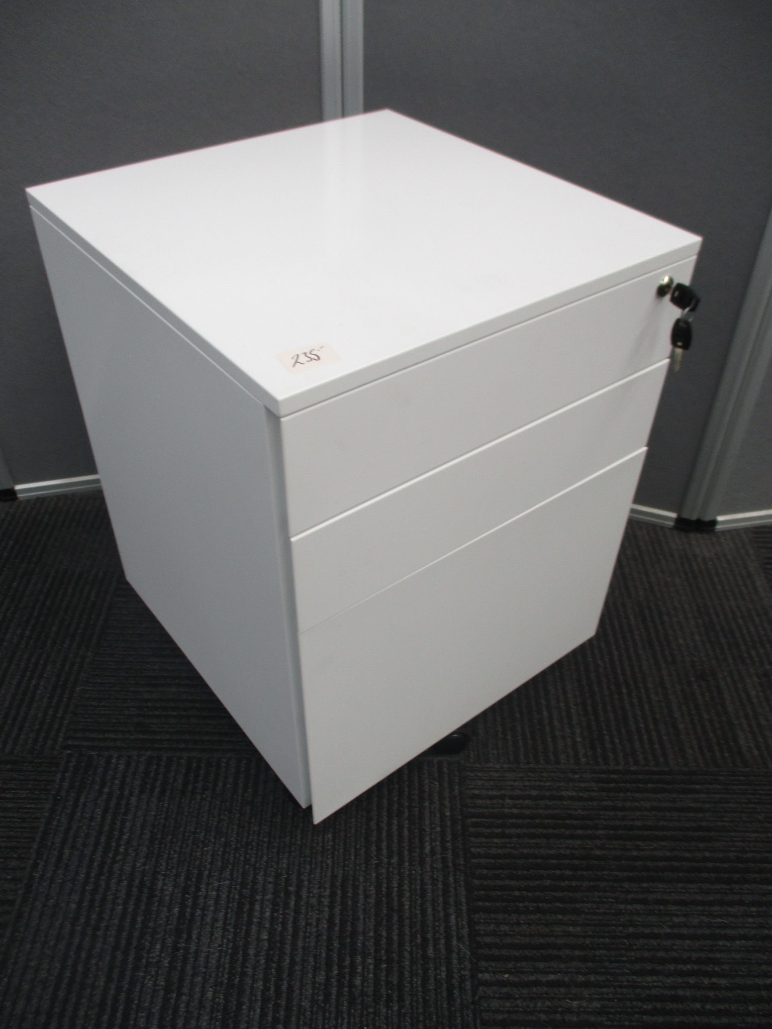 New Rapid White Steel 3 Drawer Mobile Pedestals $235